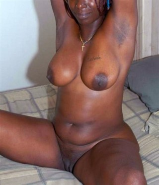 Busty Nude Ghanaian Wife Sitting