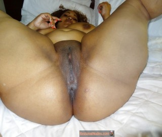 Fat Naked Ethiopian Woman Spreading Legs
