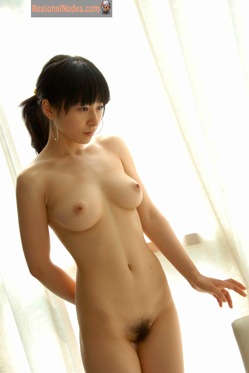 Young Beautiful Nude Japanese Babe  Regional Nude Women -9941