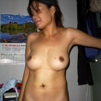 Amateur Nude Indonesian Woman Perky Tits