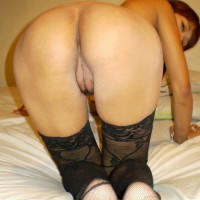 Erotic Filipino Girl Butt on all fours