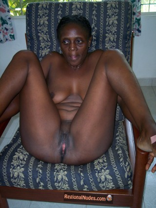 Mature Nude Ghanaian Housewife Sitting
