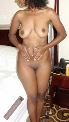 Naked Amateur Ethiopian Babe at Home