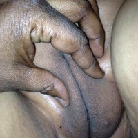 Squeezing Her Mature Fat South Korean Pussy