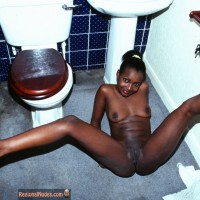Very Black Nude Ethiopian Girl Legs Open