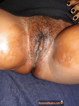 Wet Mature Jamaican Pussy Trimmed HD photo
