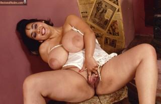 Fat Big Tits Pakistani Woman Spreading Vagina