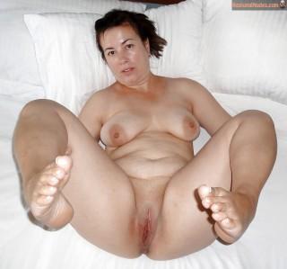 Naked Chubby Turkish Housewife