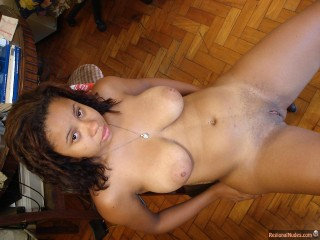 Shaved Cuban Female Fully Naked Body