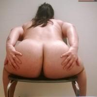 Turkish Woman Very Big Butt Cheeks