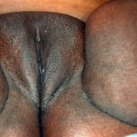Very Fat Wet Kenyan Pussy