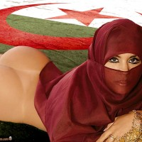 Algerian Burka Girl Bare Butt