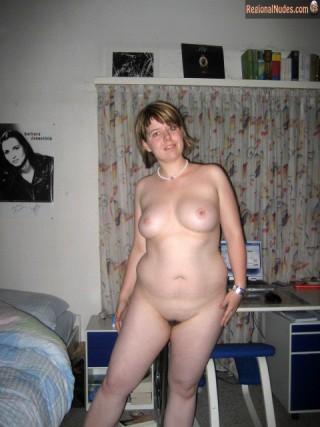 Chubby Nude Swiss Housewife