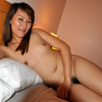 Vietnamese Nude Young Slut in Bed
