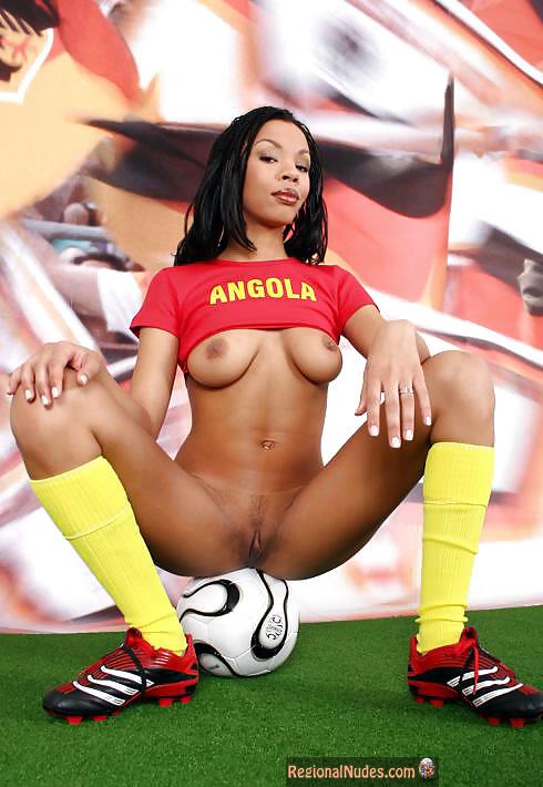 naked girl football pic