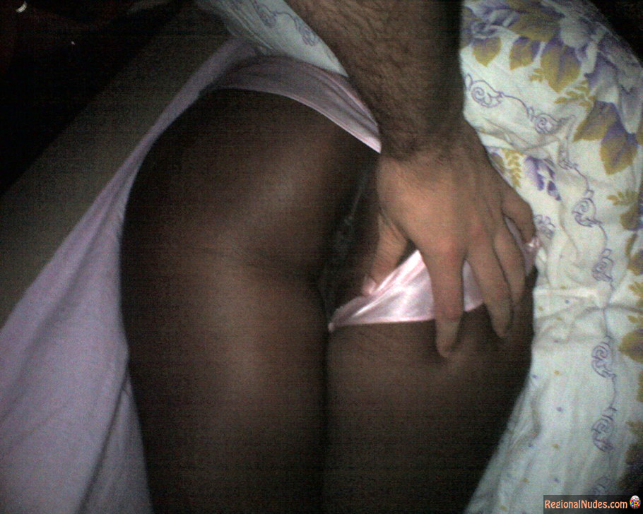 black girl flashing ass