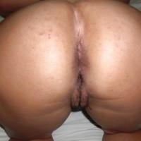 Naked Saudi Arabian Booty Crack Up