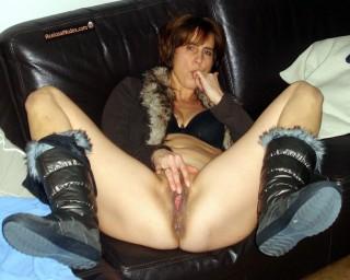 Nasty Dutch Mature Wife Touching Vagina