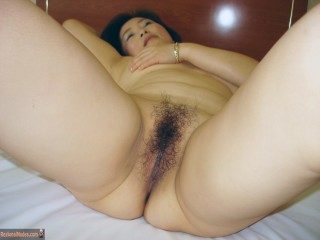Naked South Korean Milf Hairy Cunt