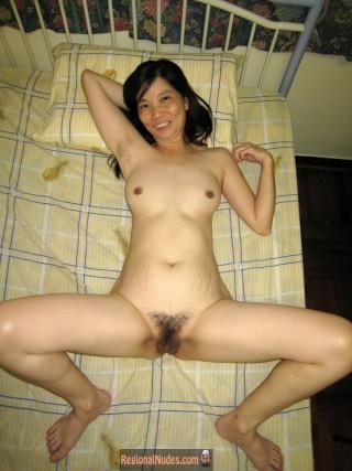 Slim Nude Chinese Mature Wife