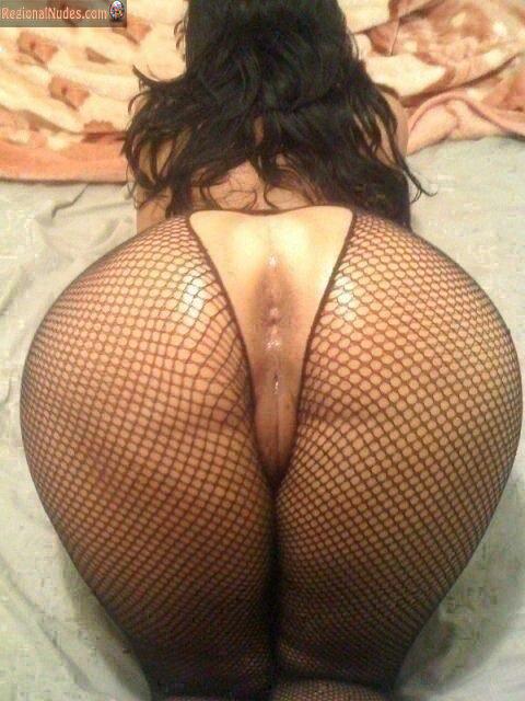 Sexy isis taylor foot job porn gif