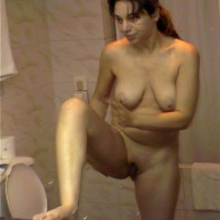 Nude Jordanian Wife in Bathroom
