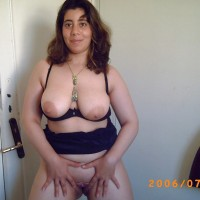 Chubby Busty Syrian Housewife Spreading Cunt
