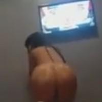 Moroccan girl booty dancing naked