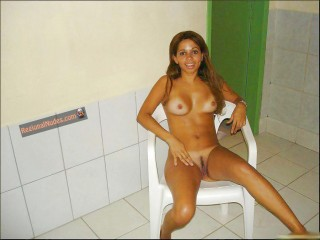 Young Syrian Wife Nude at Home