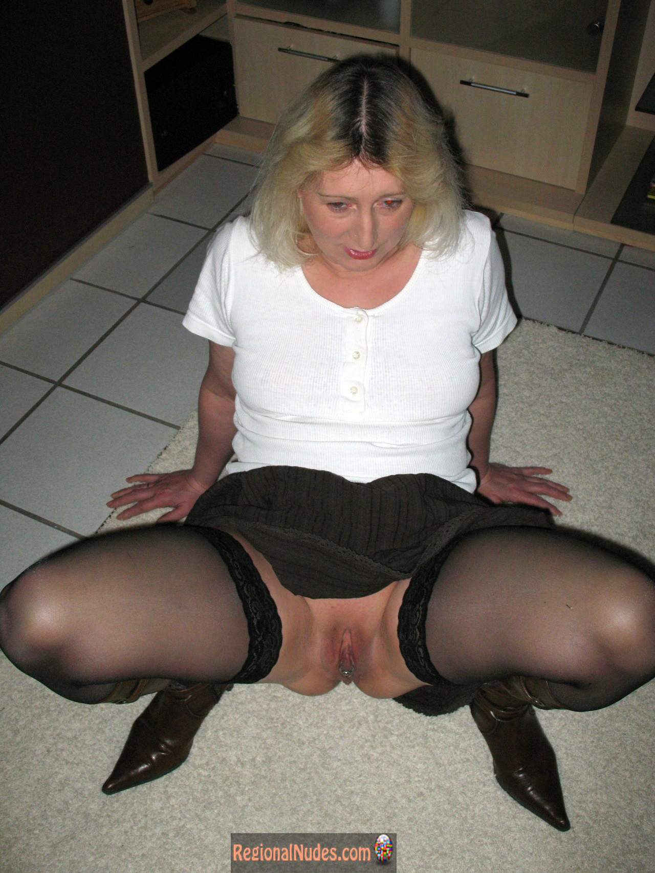 Sexy German Wife Cunt Under Skirt  Regional Nude Women Photos - Only -1160
