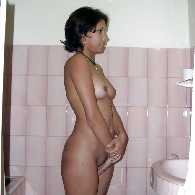 Indian college girl stripping naked sex photo