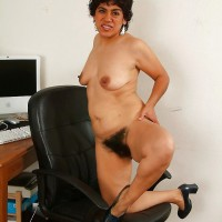 Mature Hairy Nude Wife from Afghanistan