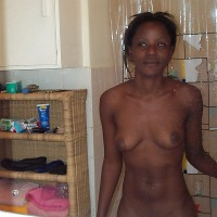 Papua New Guinean Woman Posed Naked in the bathroom