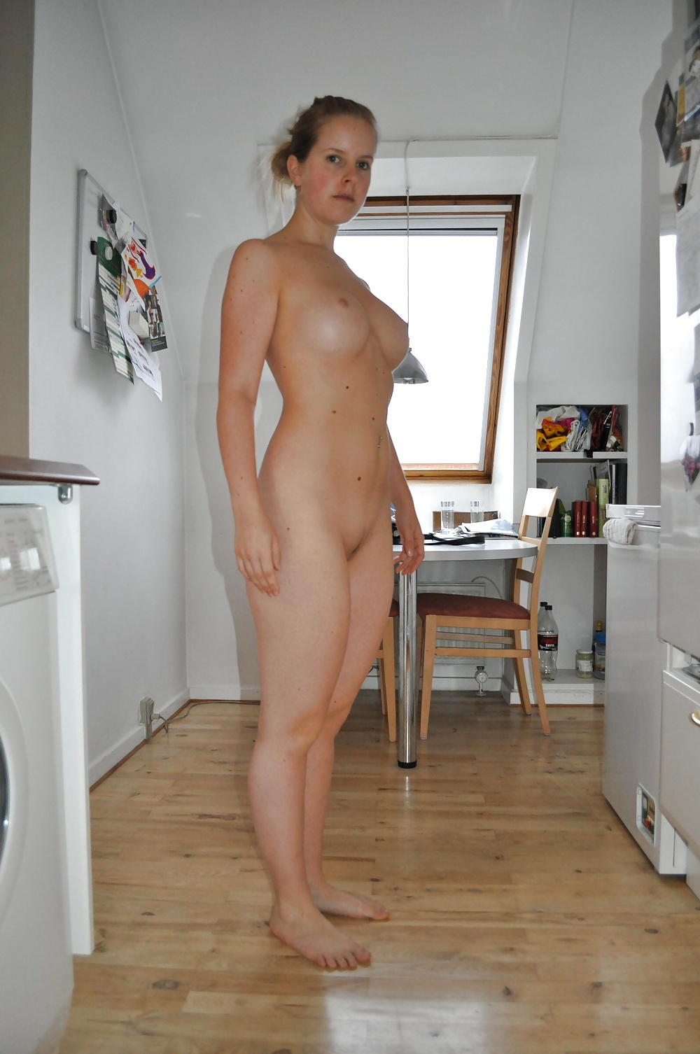 Naked girl having big orgasim