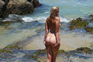 Australian Babe Nude from Behind on Remote Beach