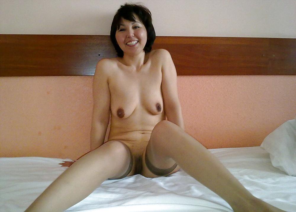 Nude hawaiian ladies-3272