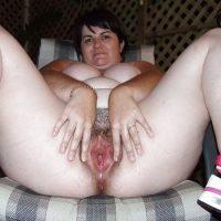 Australian Fat Nude Wife Spreading Pussy