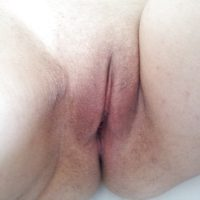 Shaved Jordanian Pussy Up-Close