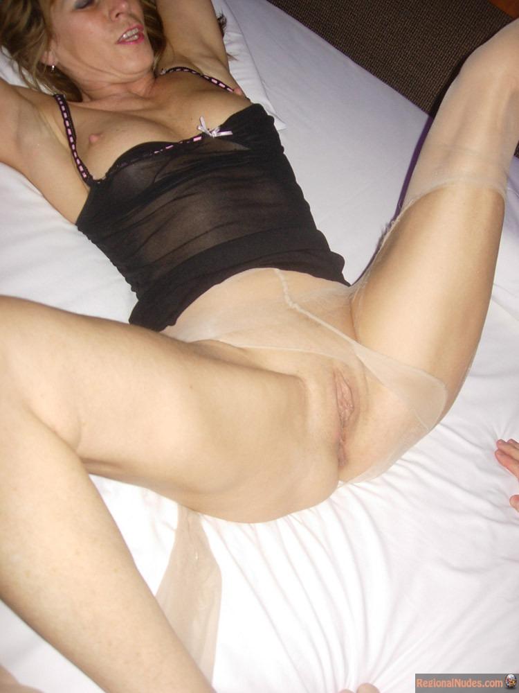 nude girls in belgium