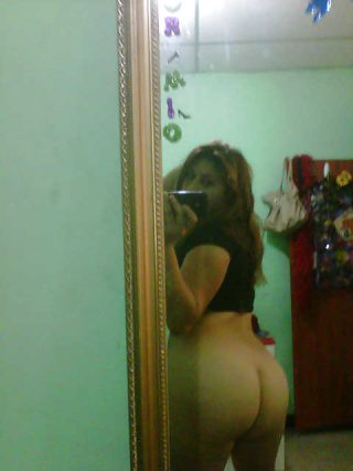 Female Posing Ecuadorian Bare Ass in the Mirror