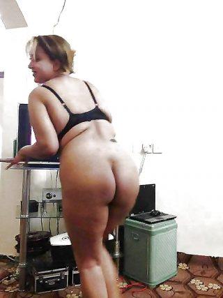 Yemeni Wife Naked Ass