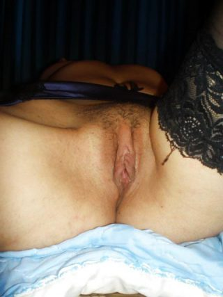 shaved-meaty-pussy-labia-from-georgia