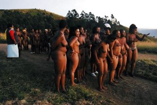 group-of-african-nude-women-tribe-from-swaziland