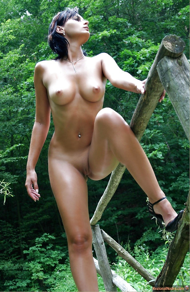 Slovak-Beauty-Nude-In-The-Nature  Regional Nude Women Photos - Only Local Naked Girls -4624