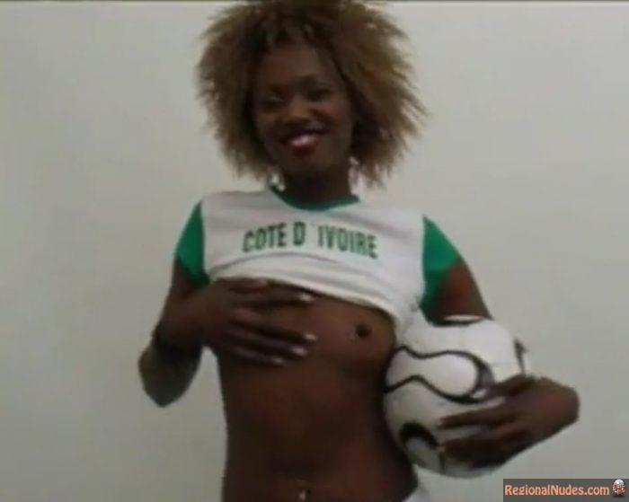 Hottest Soccer Girls Teasing Naked including Ivorian Black Nude Video