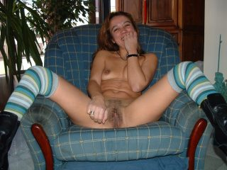 Mature Portuguese Woman Naked Legs Open