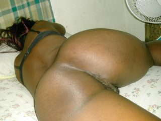 Papua New Guinean Naked Woman's Big Buttocks